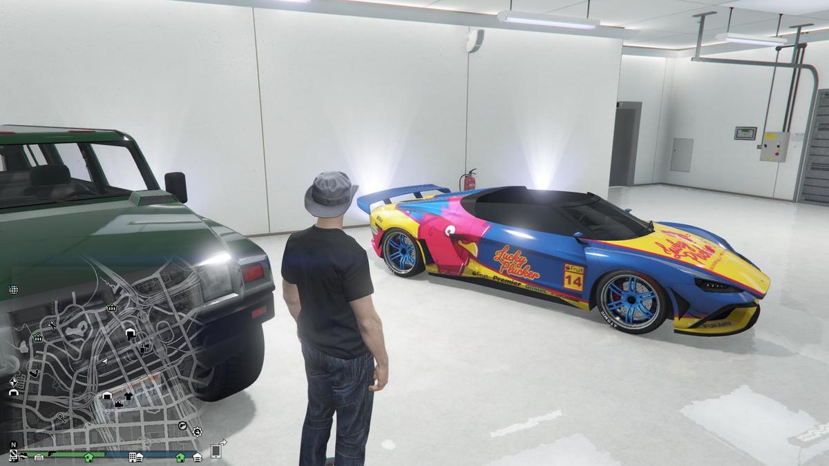 Die Garage ist auch bald voll , aber der neue sieht gut aus